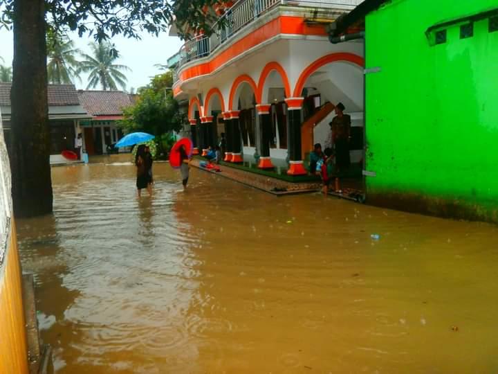 Lagi, Intensitas Hujan Tinggi Cilacap Diterjang Banjir