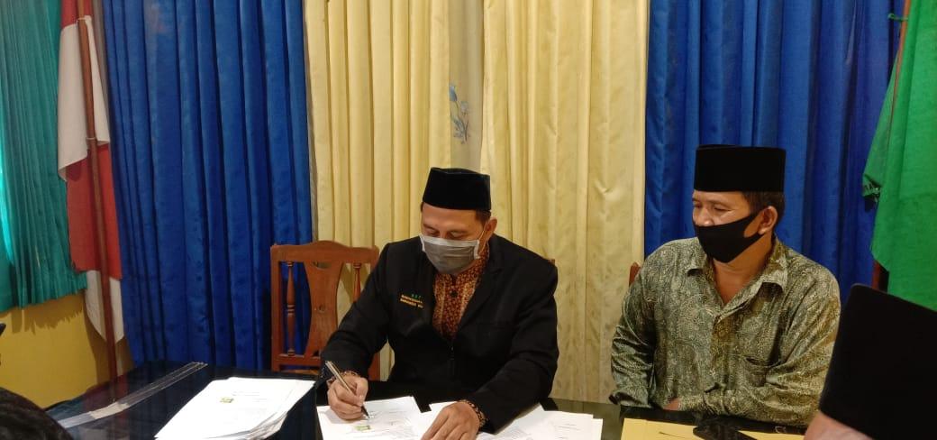 Ketua MWCNU Bantarsari Hadir dalam Ikrar Wakaf Tanah