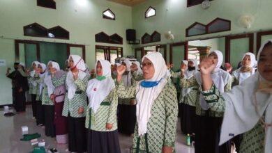 Fatayat NU Nusawungu Peringati Isra Mi'raj dan Penguatan Kader